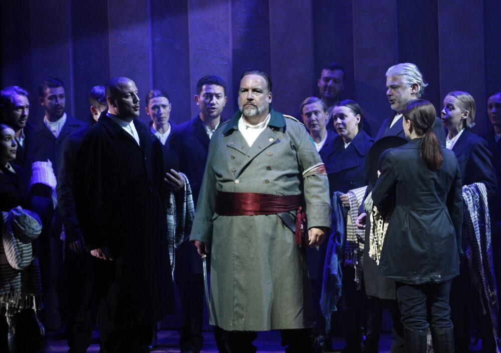 Henry Waddington - Gobrias | The Choir of The Sixteen | The Grange Festival Chorus | Photo © Simon Annand}
