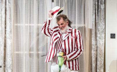 Robert Hayward - Sir John Falstaff | Photo © Clive Barda