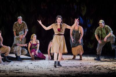 Na'ama Goldman - Carmen | The Grange Festival Chorus | Photo © Robert Workman
