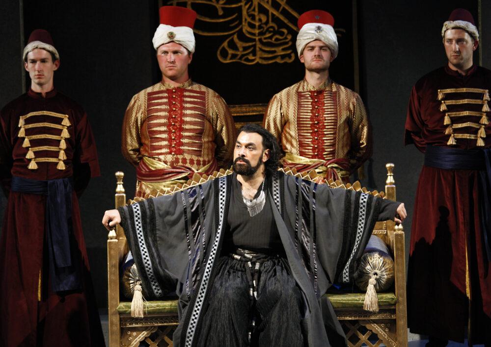 Alex Andreou - Pasha Selim | The Grange Festival Chorus | Photo © Simon Annand}