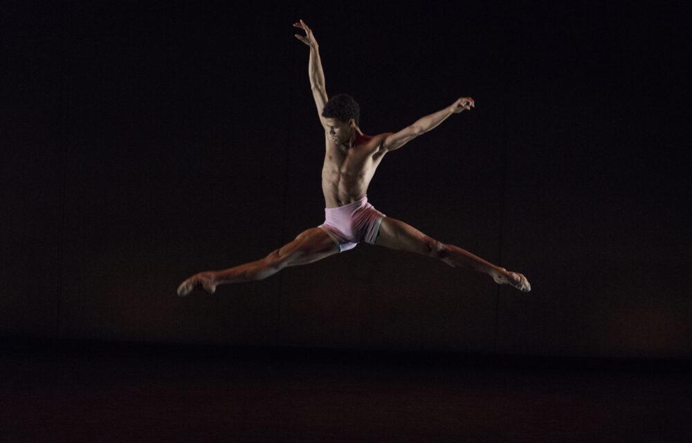 Joseph Sissens - The Royal Ballet | jojo | Choreography by Charlotte Edmonds | Photo © Ravi Deepres/Alicia Clarke}