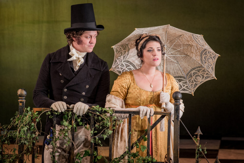 Henry Neill -Edmund Bertram   Shelley Jackson - Mary Crawford   Photo © Robert Workman}